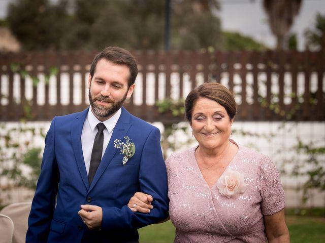 La boda de Carlos y Cristina en Chiclana De La Frontera, Cádiz 25