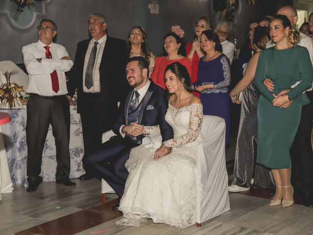 La boda de Luis y Ana en Alcala Del Rio, Sevilla 23