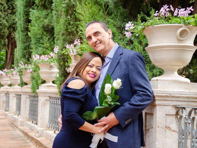 La boda de Javier y Olga en El Puig, Valencia 9