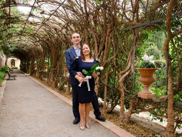 La boda de Javier y Olga en El Puig, Valencia 13