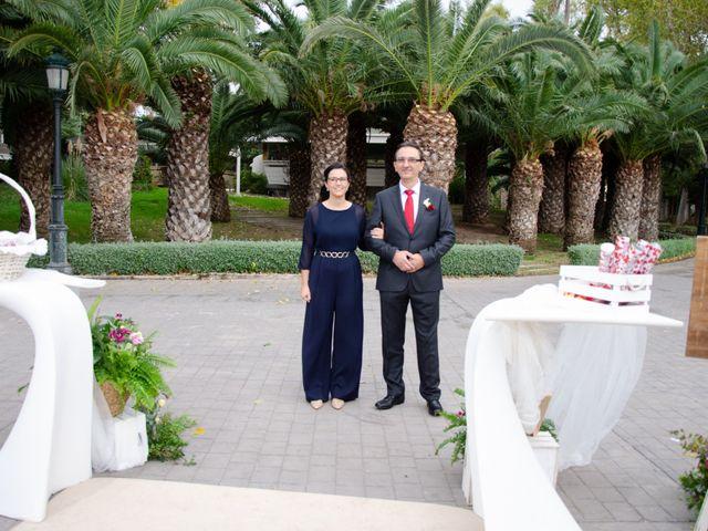 La boda de Javier y Olga en El Puig, Valencia 17