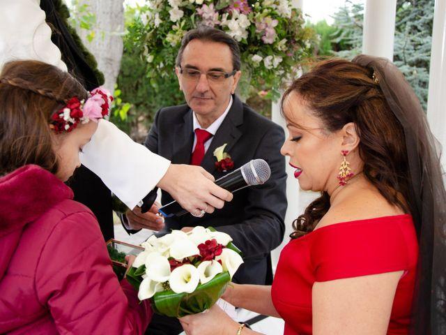 La boda de Javier y Olga en El Puig, Valencia 19