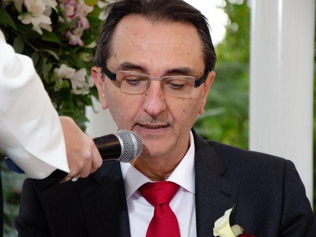 La boda de Javier y Olga en El Puig, Valencia 20