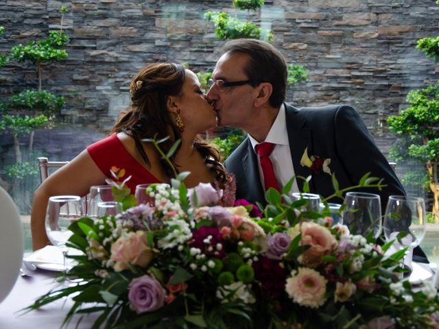 La boda de Javier y Olga en El Puig, Valencia 30