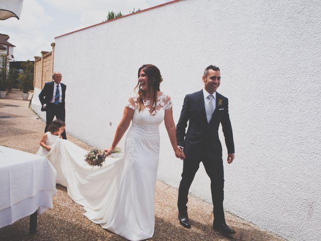 La boda de Daniel y Yaiza en Granda (Gijon), Asturias 43