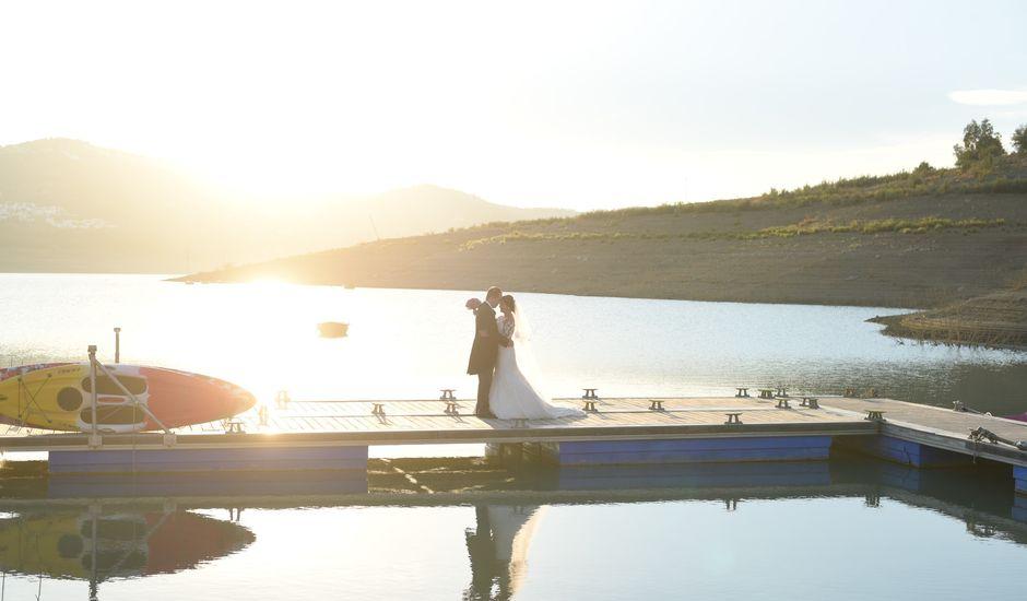 La boda de Juan y Amanda en Benamocarra, Málaga