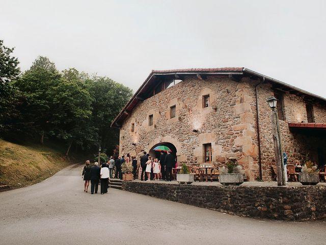 La boda de Andoni y Igone en Bilbao, Vizcaya 11