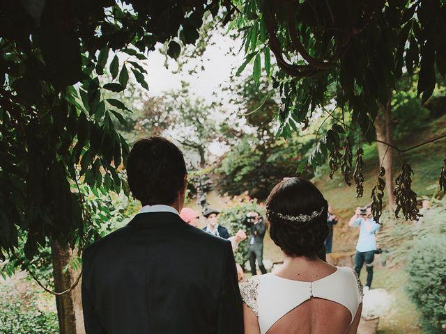 La boda de Andoni y Igone en Bilbao, Vizcaya 28