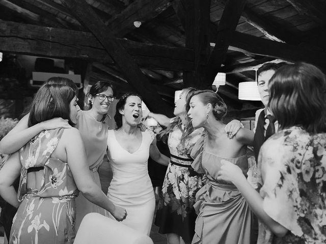 La boda de Andoni y Igone en Bilbao, Vizcaya 56
