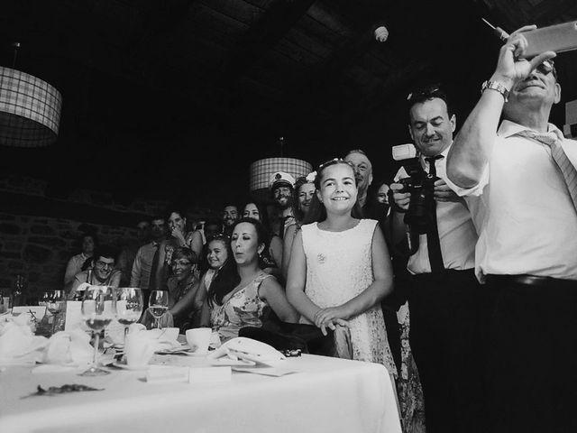 La boda de Andoni y Igone en Bilbao, Vizcaya 65