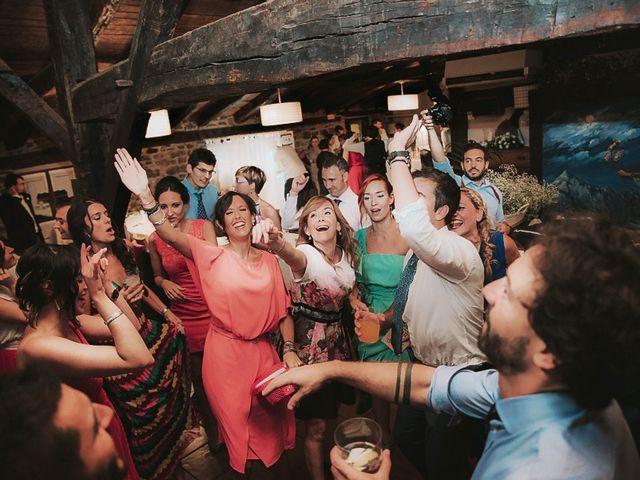 La boda de Andoni y Igone en Bilbao, Vizcaya 71