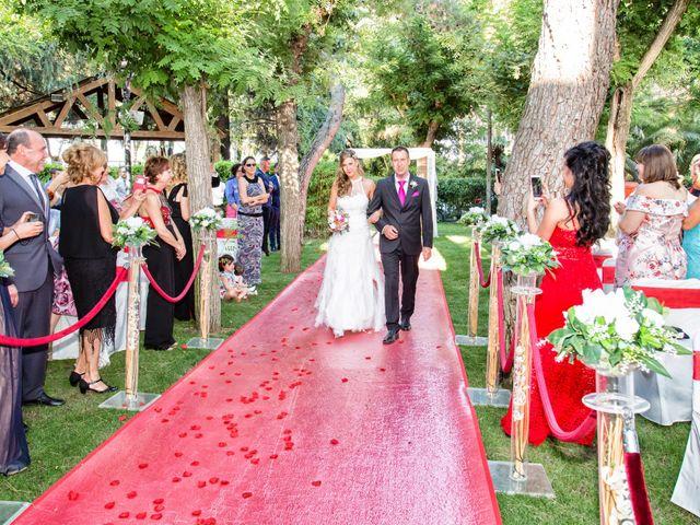 La boda de Javier y Sara en Madrid, Madrid 11