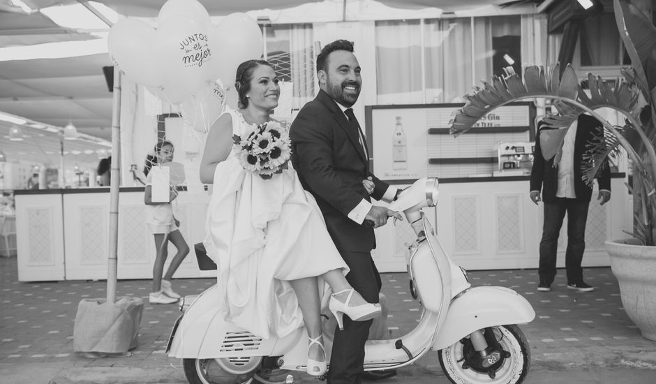 La boda de Luis y Tania en Málaga, Málaga