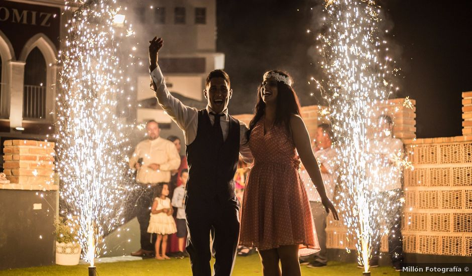La boda de Allan David y Rocío en Arenas, Málaga