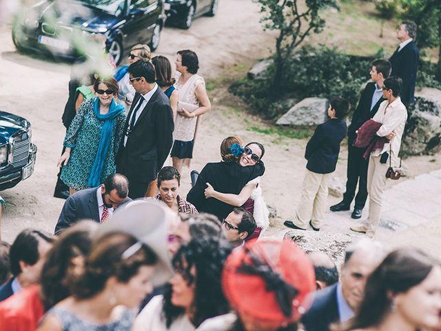 La boda de Pablo y Ana en Torrelodones, Madrid 16