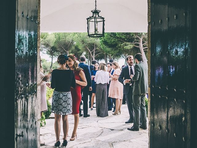 La boda de Pablo y Ana en Torrelodones, Madrid 17