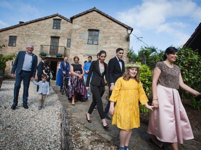 La boda de Antón y Patri en Bertamirans (Ames), A Coruña 3