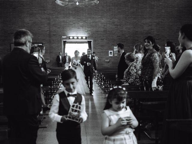 La boda de Cristian y Sara en Madrid, Madrid 33