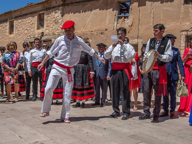 La boda de Sergio y Ainhoa en Ayllon, Segovia 2