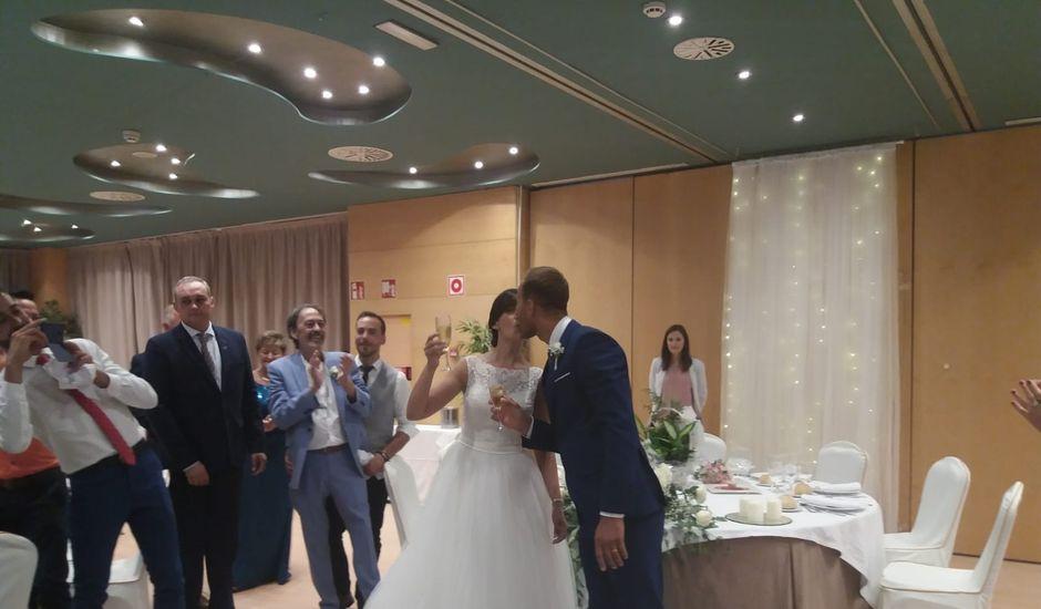 La boda de Vali y María  en Huesca, Huesca