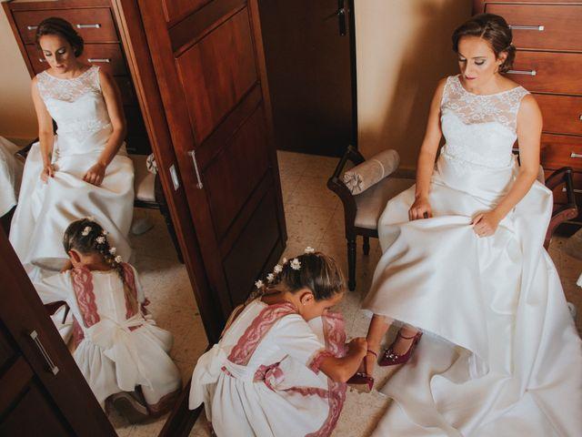 La boda de Jose Antonio y Rocio en Lora Del Rio, Sevilla 17