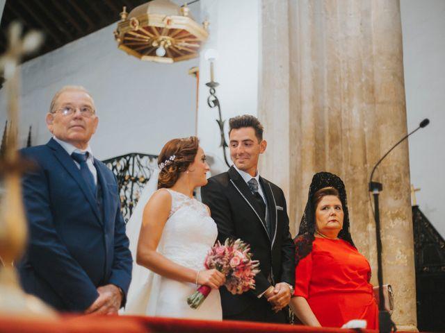 La boda de Jose Antonio y Rocio en Lora Del Rio, Sevilla 26
