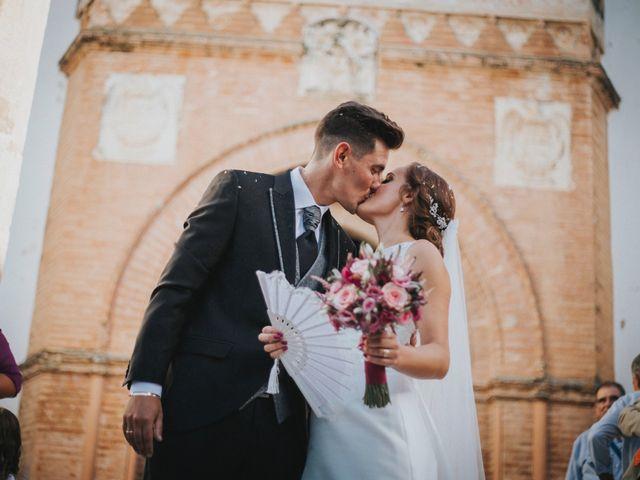 La boda de Jose Antonio y Rocio en Lora Del Rio, Sevilla 35