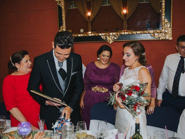La boda de Jose Antonio y Rocio en Lora Del Rio, Sevilla 61
