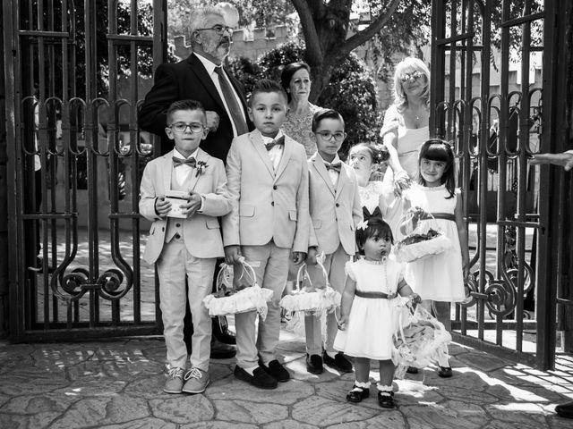 La boda de Luis y Neila en Talamanca Del Jarama, Madrid 25