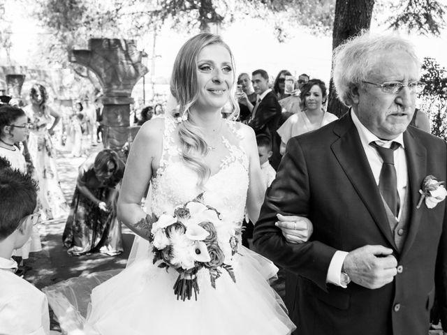 La boda de Luis y Neila en Talamanca Del Jarama, Madrid 33