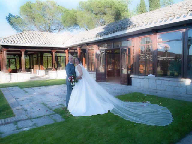 La boda de David y Belen en Illescas, Toledo 36