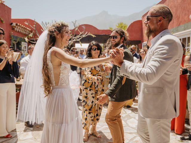 La boda de Jean Carlo y Keana en Candelaria, Santa Cruz de Tenerife 162