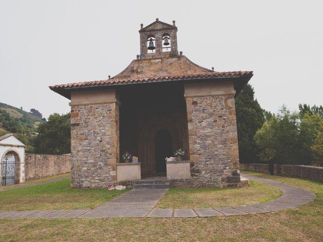 La boda de David y Carla en La Manjoya, Asturias 22