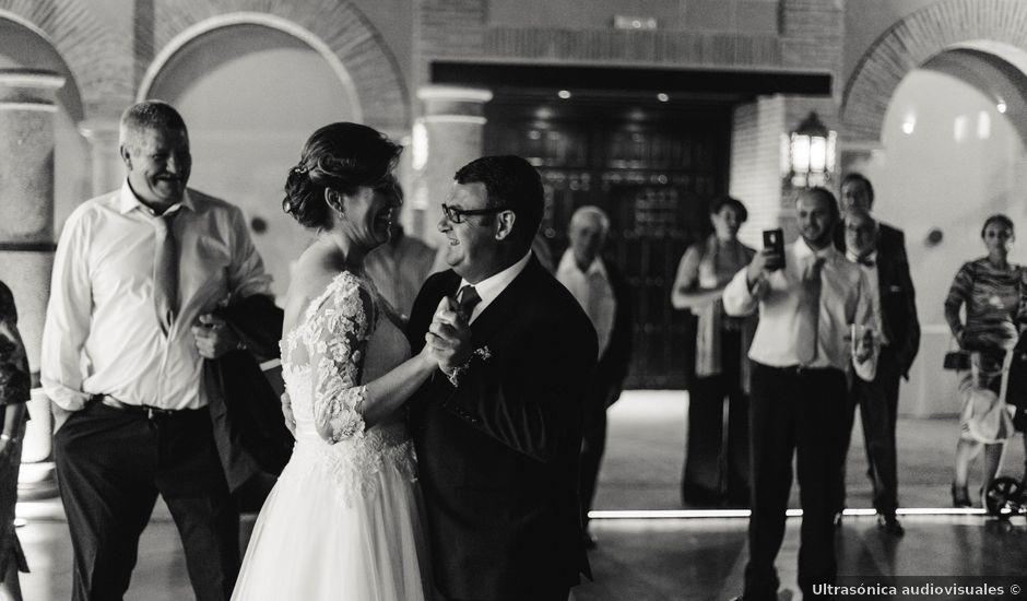 La boda de Frutos y Lorena en Trujillo, Cáceres