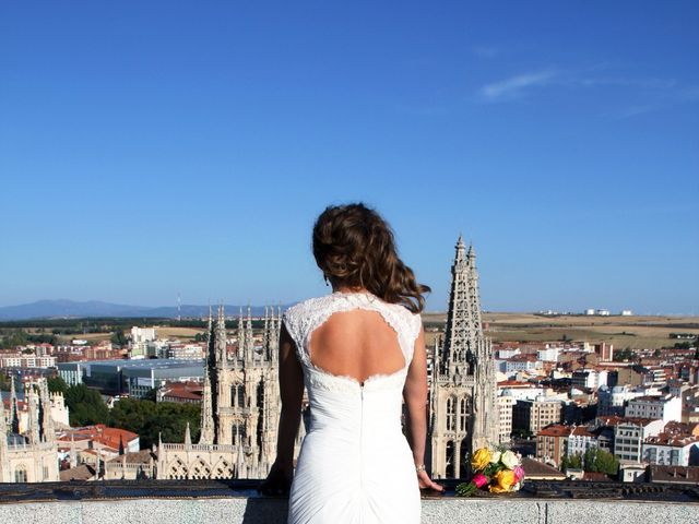 La boda de Ricardo y Corina en Burgos, Burgos 23
