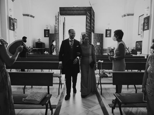 La boda de Manu y Lourdes en Gibraleon, Huelva 61
