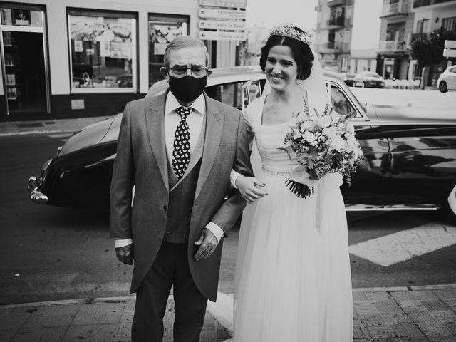 La boda de Manu y Lourdes en Gibraleon, Huelva 64