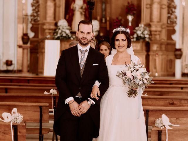 La boda de Manu y Lourdes en Gibraleon, Huelva 91