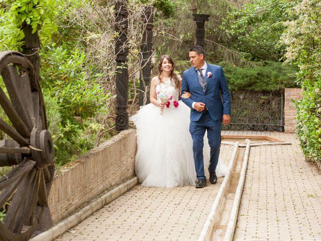 La boda de Adrian y Nadia en Alalpardo, Madrid 17