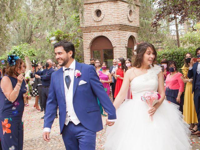 La boda de Adrian y Nadia en Alalpardo, Madrid 24