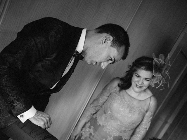 La boda de Gonzalo y Tamara en Villanueva De San Carlos, Ciudad Real 3