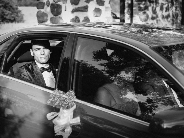 La boda de Gonzalo y Tamara en Villanueva De San Carlos, Ciudad Real 17