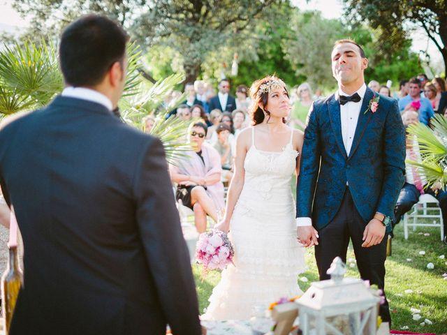 La boda de Gonzalo y Tamara en Villanueva De San Carlos, Ciudad Real 27