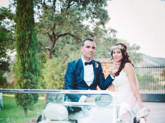 La boda de Gonzalo y Tamara en Villanueva De San Carlos, Ciudad Real 31