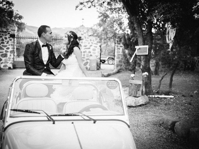 La boda de Gonzalo y Tamara en Villanueva De San Carlos, Ciudad Real 32