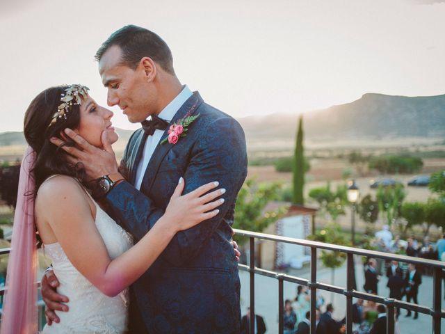 La boda de Gonzalo y Tamara en Villanueva De San Carlos, Ciudad Real 40
