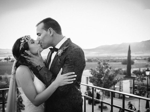 La boda de Gonzalo y Tamara en Villanueva De San Carlos, Ciudad Real 41