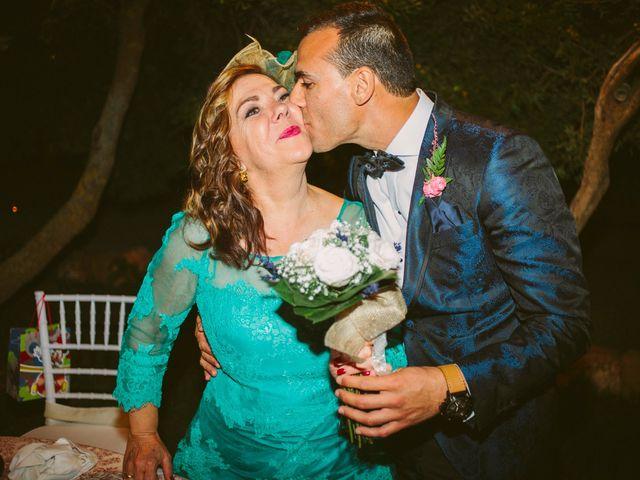 La boda de Gonzalo y Tamara en Villanueva De San Carlos, Ciudad Real 52