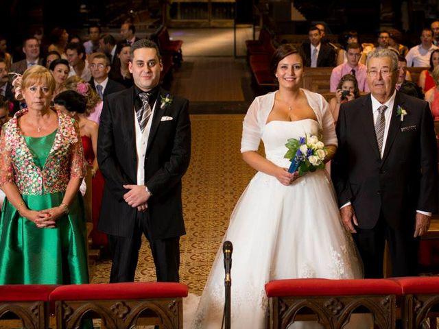 La boda de David y Natalia en León, León 12