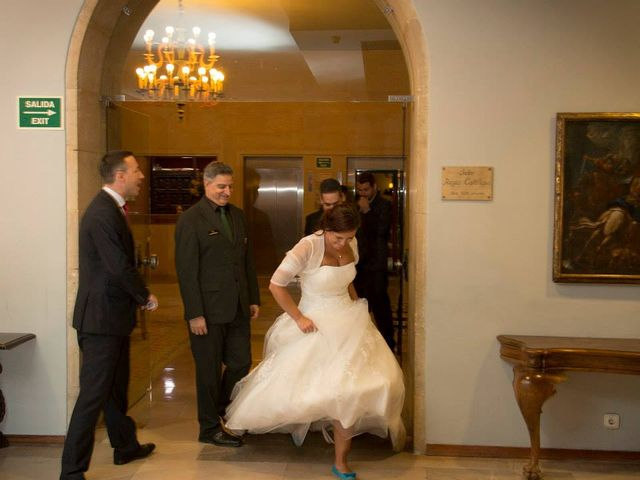 La boda de David y Natalia en León, León 19